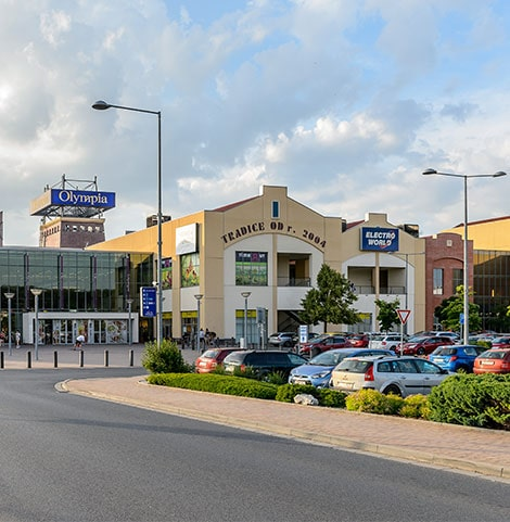 a21b4c1eec2 Olympia Plzeň je největší nákupní centrum v regionu